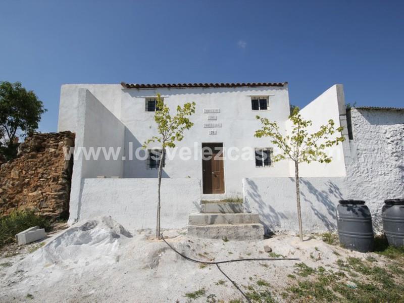 Country Property To Reform For Sale In Santa Maria De Nieva Almeria
